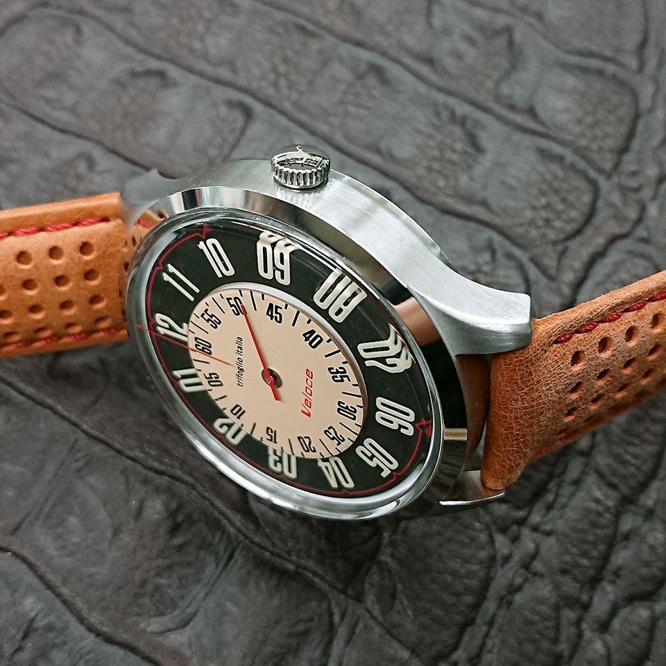 トリフォグリオ イタリア時計